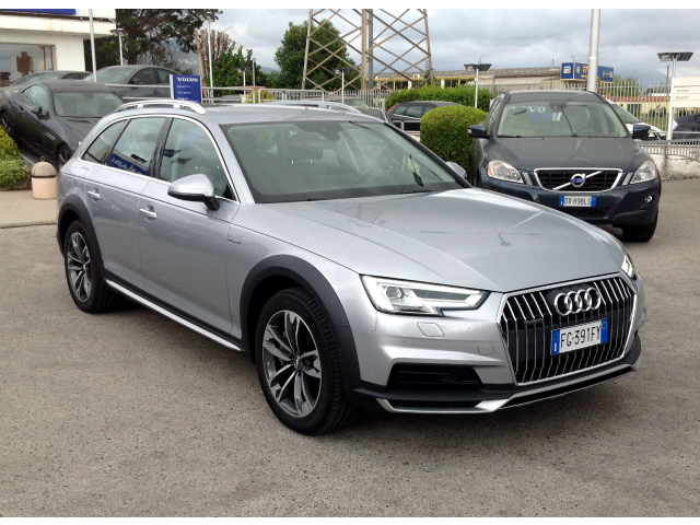 Audi A4 allroad 3.0 TDI 272CV tiptronic Business *Full Optionals!*
