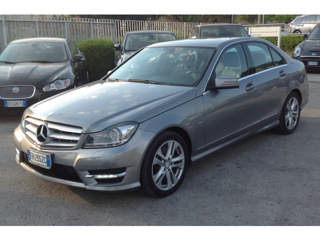 Mercedes-Benz C 300 CDI 4M. BlueEFFICIENCY Avantgarde 7G-Tronic