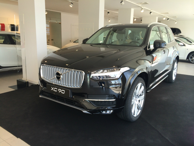 Foto Volvo XC 90 D5 AWD GEARTRONIC INSCRIPTION