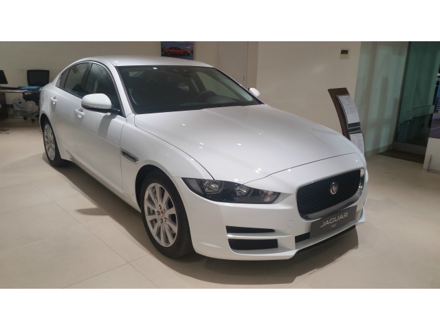 Jaguar XE 2.0 D Turbo 180CV
