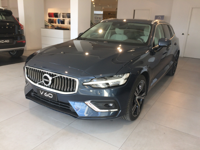 Foto Volvo V60 D4 GEARTRONIC BUSINESS