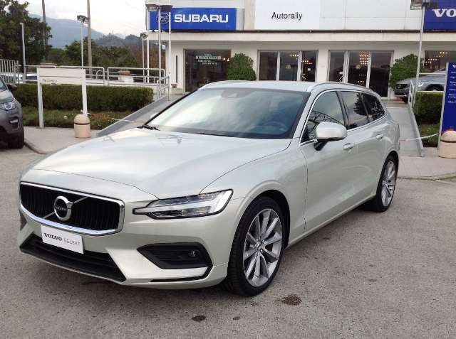Foto Volvo V60 D3 Geartronic Business