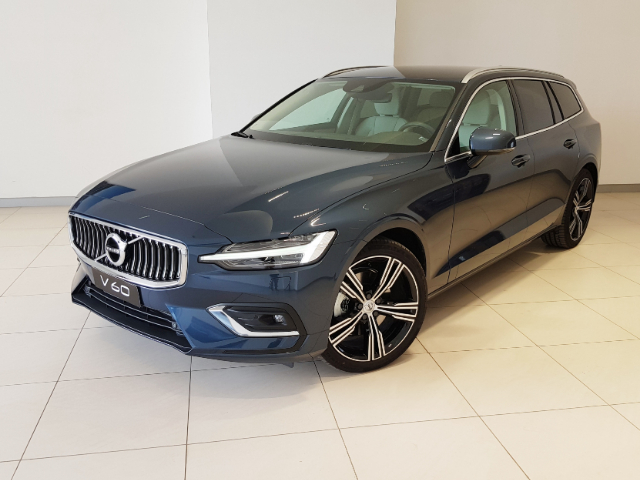 Foto Volvo V60 D4 Geartronic Inscription