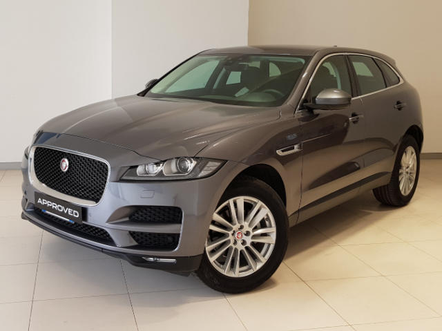 jaguar f pace 180 cv awd aut prestige usato 38000 euro. Black Bedroom Furniture Sets. Home Design Ideas