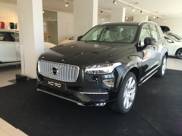 Foto Volvo XC 90 D5 AWD Geartronic Momentum
