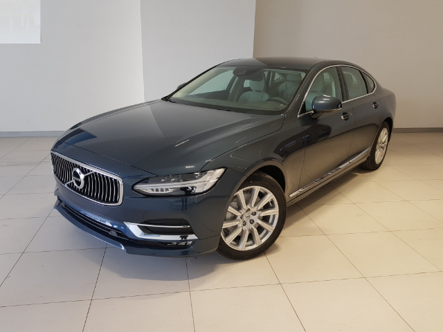 Foto Volvo S90 D4 Geartronic Inscription