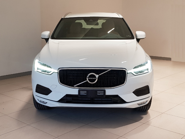 Foto Volvo XC 60 D4 AWD Business