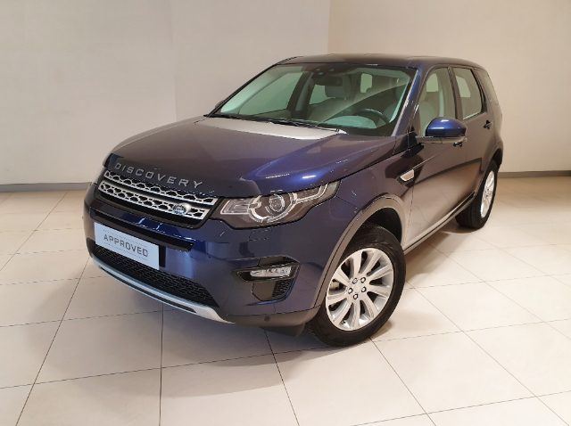Foto Land Rover Discovery Sport 2.2 TD4 150 CV HSE