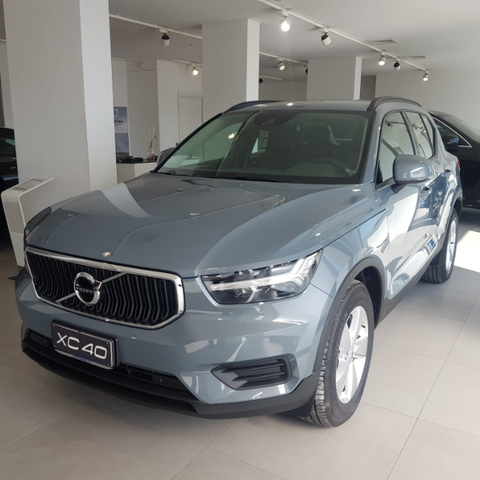 Foto Volvo XC40 D3 AWD GEARTRONIC BUSINESS-PRONTA CONSEGNA!