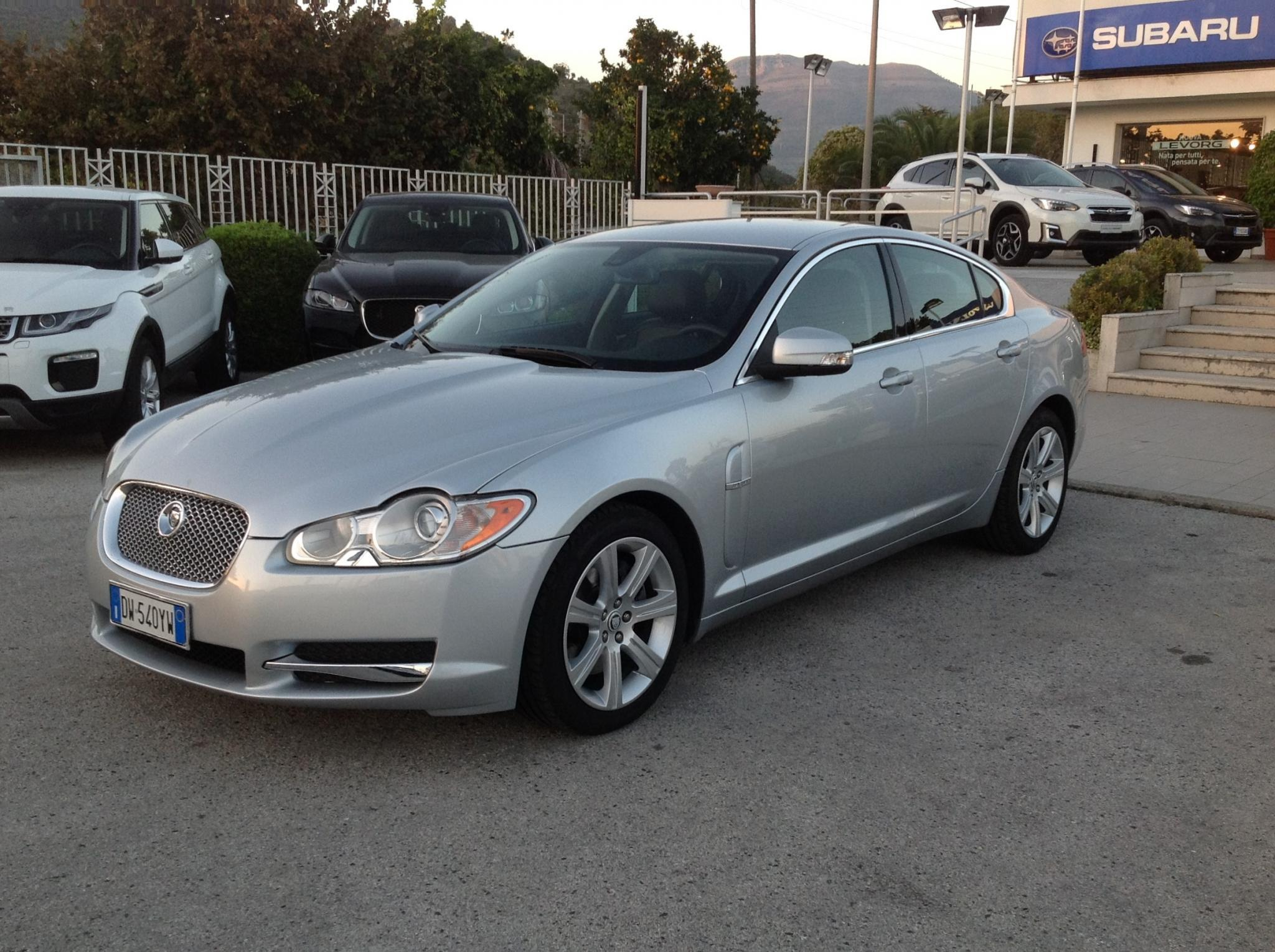 Jaguar XF 2.7D V6 Luxury